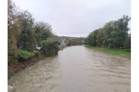 Przybierająca rzeka w Cieszynie