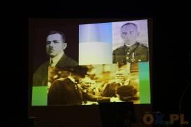 Zdjęcia przedstawiające dwóch mężczyzn