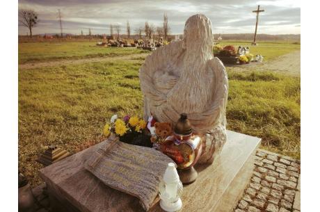 Odnowiony pomnik dzieci utraconych / fot. MGS