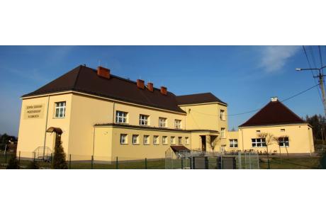 Zespół Szkolno-Przedszkolny w Zabłociu. Fot. UM Strumień