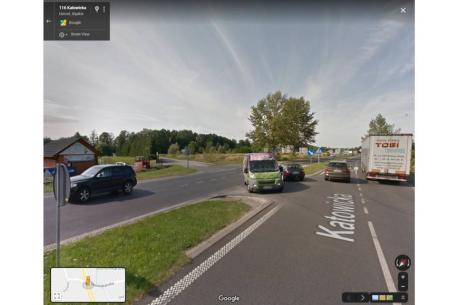 Skrzyżowanie DW 941 z ul. Dominikańską i Kozakowicką. źródło: Google Street View