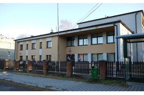 Ostatnim budynkiem komunalnym w którym wykonana bedzie wymiana kotła na ekologiczny jest Szkoła Podstawowa nr 2 w Jaworzu