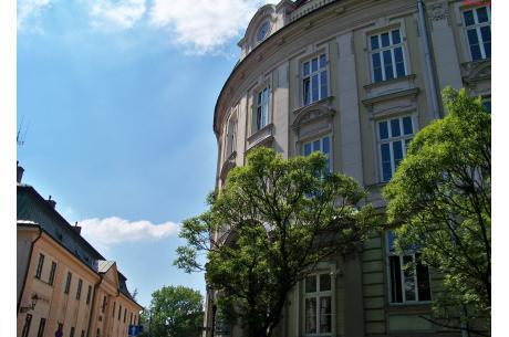 Zdjęcie poglądowe - Zespół Szkół Ekonomiczno-Gastronomicznych im. Macierzy Ziemi Cieszyńskiej w Cieszynie. Fot. KR/Ox.pl