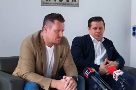 Michał Dąbrowski i Tomasz Bujok. Fot. KR/Ox.pl