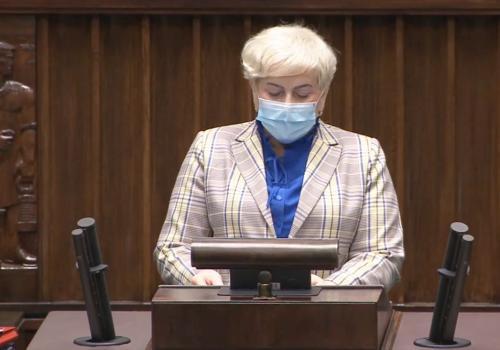 Kadr z filmu przedstawiającego wypowiedź Małgorzaty Pępek. Źródło: facebook.com/malgorzata.pepek