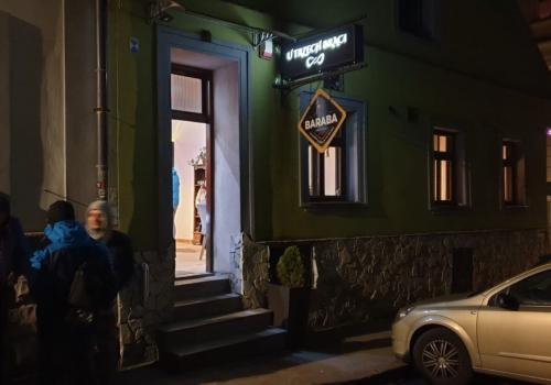 Cieszyńska restauracja otwarta pomimo obowiązujących obostrzeń / fot. WŚ