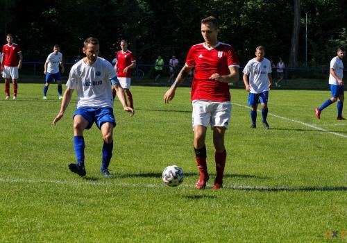 Do zakończenia grupy mistrzowskiej w Okręgówce pozostały trzy mecze, a drogomyślanie tracą do lidera (Koszarawy Żywiec) cztery punkty