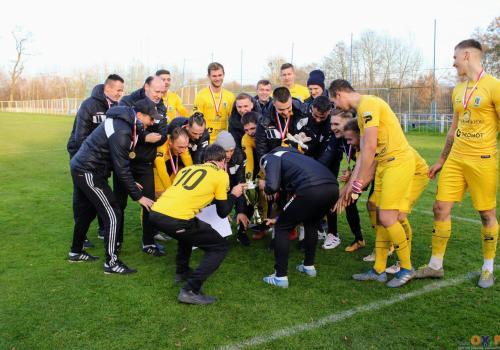 W ubiegłym roku trofeum wywalczyli piłkarze Kuźni Ustroń