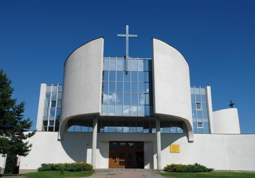 Kościół o. Dominikanów w Ustroniu Hermanicach fot. ustron.pl