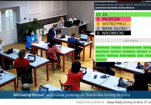Screen z transmisji sesji. Źródło: youtube.com